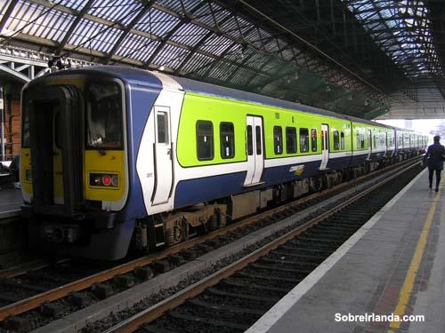 Tren DART en Dublin