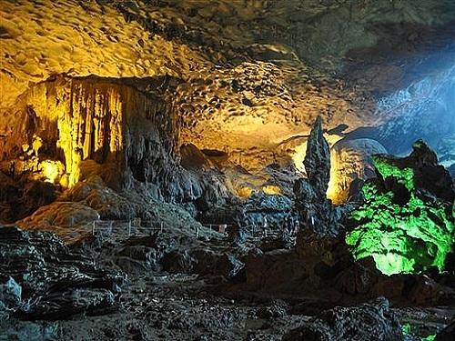 Cueva Crag