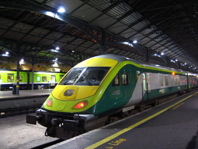 Trenes en Irlanda
