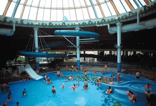 The Aqua Dome en Tralee, diversión en el agua