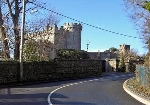 El Castillo Manderley, hogar de Enya