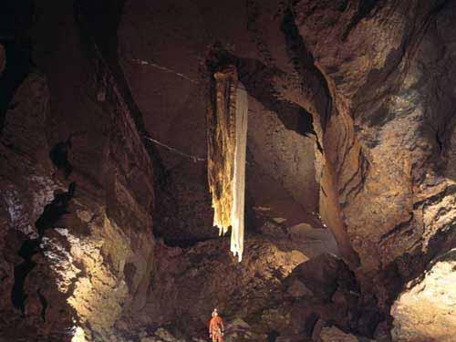 Doolin Cave, cueva en el Condado de Clare