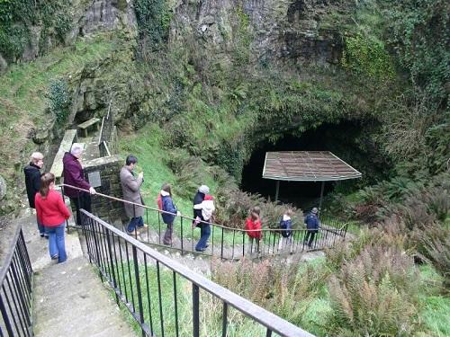 Sumergirse en la Cueva Dunmore, Kilkenny