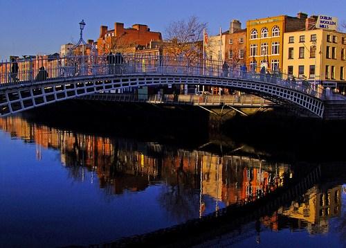 El Puente de Ha'Penny en Dublín