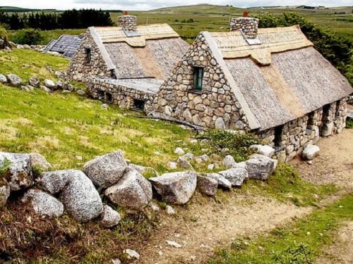 Cnoc Suain, cultura irlandesa en Connemara